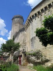 The castle of Bourdeilles (Dordogne) (Sokleine) Tags: castle château burg middleages medieval fortress village monumenthistorique architecture oldstones bourdeilles brantome dordogne aquitaine france frenchheritage donjon tower