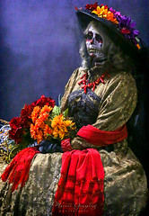 Noche de Altares, Santa Ana 11.5.16 (Marcie Gonzalez) Tags: ca socal so cal orange county southern festival celebration festivals celebrations day dead dia de los muertos diadelosmuertos tradition traditional honor family friends noche altares nochedealtares night dancing festive fun annual event events mexico mexican altar costume costumes paint painted face skull skeleton 2016 dayofthedead dancers north america cultural usa us marcie gonzalez marciegonzalez marciegonzalezphotography photography canon 2016nochedealtaressantaana nochedealtaressantaana altars calif california día