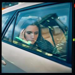 Anna (instagram.com/dimush) Tags: cinestill800t film 800t cinestill rolleiflex rolleiflex28e mediumformat 120mm 120film 120 120мм пленка среднийформат filmisnotdead epsonv700 v700 portrait cinematic