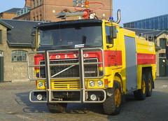Ex Royal Danish Airforce Airfield Volvo F12 firetruck (sms88aec) Tags: ex royal danish airforce airfield volvo f12 firetruck