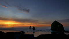 Haystack Rock Sunset (thies59) Tags: haystack rock sunset cannonbeach oregon