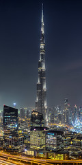 Burj Khalifa at night (world.wideweg) Tags: burjkhalifa dubai downtown uae unitedarabemirates city urban cityscape skyscraper nigh illumination building