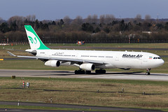 Mahan Air  Airbus A340-313 EP-MMD (widebodies) Tags: düsseldorf dus eddl widebody widebodies plane aircraft flughafen airport flugzeug flugzeugbilder mahan air airbus a340313 epmmd