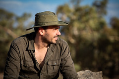 Flinders Ranges (Catherine Gidzinska and Simon Gidzinski) Tags: 2018 australia december endofyear roadtrip southaustralia au portrait man flies sunny day hot heat flinders ranges hat