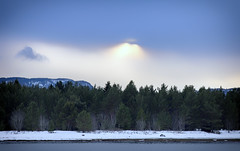 Winterlight (Trond Sollihaug) Tags: stjørdal trøndelag trondheimsfjord seaside winter snow sunlight clouds