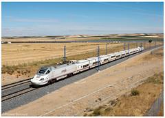 Matapozuelos 19-08-16 (P.Soares) Tags: automotora automotoras passageiros train trains tren linha linhas renfe 130 talgo