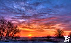1/2 Winter Sunrise over Iowa Falls, Iowa 12-25-18 (KansasScanner) Tags: iowafalls iowa up train railroad sunset sunrise