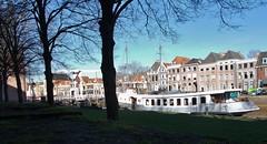 (Uno100) Tags: zwolle holland netherlands hanze city stad museum de fundatie sassen poort water muur vestings gate peperbus church ufo 2019 art modern pop synagoge
