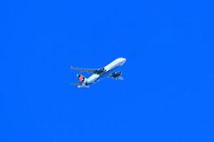 Israir passenger plane 2 (benrokh) Tags: m50 stm eosm50 canonm50 55250 55250stm is