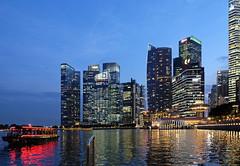 The Marina Bay Financial Centre. Singapore (varfolomeev) Tags: 2017 сингапур город ночь singapore city night fujifilmxt10 se sea море небоскрёб skyscraper