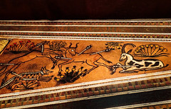 Yet another Closeup of artwork on a triangular bow case found containing three composite bows 18th dynasty New Kingdom Egypt (mharrsch) Tags: kingtut tutankhamun artifact treasure exhibit tomb egypt 18dynasty newkingdom discoveryofkingtut omsi oregonmuseumofscienceandindustry portland oregon mharrsch