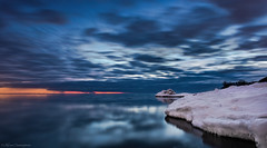 Winter Sunrise (hey its k) Tags: 2019 canon5dmarkiv confederationpark hamilton ontario canada ca imga1066e sunrise lakeontario winter snow ice longexposure