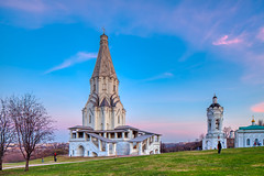 Under the blue sky (KonstEv) Tags: church cathedral belfry sunset orthodox kolomenskoe ascension dome tent pilaster architecture moscow russia