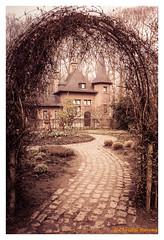 Fairytale house (cstevens2) Tags: antwerp antwerpen antwerpenprov anvers belgique belgium belgië deurne europe flanders flandre rivierenhof vlaanderen fog mist sprookjeshuis vijver