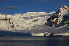 IMG_6896 (y.awanohara) Tags: cuvervilleisland cuverville antarctica antarcticpeninsula icebergs glaciers blue january2019