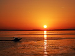 Puesta de sol (Antonio Chacon) Tags: andalucia atardecer marbella málaga mar mediterráneo costadelsol cielo españa spain sunset