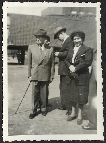 AlbumC281 Familienfoto, 1930-1950er