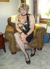 The Milwaukee Housewife, Circa 2012 (Laurette Victoria) Tags: scarf laurette woman legs pumps animalprint