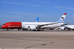 Norwegian Long Haul  Boeing 787-9 Dreamliner LN-LNR (widebodies) Tags: madrid mad lemd widebody widebodies plane aircraft flughafen airport flugzeug flugzeugbilder norwegian long haul boeing 7879 dreamliner lnlnr freddie mercury