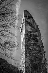 castle ruins (gotan-da) Tags: castle ruins gothic 14thcentury medieval blackwhite schwarzweiss noiretblanc blackandwhite bw monochrome tower