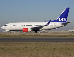 "SE-REX, Boeing 737-76N(WL), 33418 / 1226, SAS Scandinavian Airlines, ""Lodin Viking"", CDG/LFPG 2019-02-15, taxiway Bravo-Loop. (alaindurandpatrick) Tags: sk sas scandinavian sasscandinavianairlines scandinavianairlinesystem airlines serex 334181226 737 737700 737nextgen boeing boeing737 boeing737700 boeing737nextgen jetliners airliners cdg lfpg parisroissycdg airports aviationphotography"