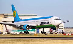 UK67006 - Boeing 767-33P(ER) - LHR (Seán Noel O'Connell) Tags: uzbekistanairways uk67006 boeing 76733per b767 b763 767 heathrowairport heathrow lhr egll tas uttt 27r hy201 uzb201 aviation avgeek aviationphotography planespotting