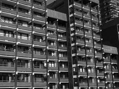 Bloc de vacanciers (Jacques Isner) Tags: lesménuires savoie olympus em5mkii hiver stationdeski jacquesisner architecture