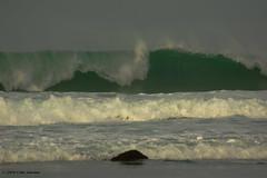 3KB13382a_C_2019-02-06 (Kernowfile) Tags: pentax conwall cornish stives porthmeorbeach sea waves breakingwaves spray foam spindrift rocks sky theisland