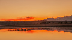 Pedrezuela. (Amparo Hervella) Tags: embalsedepedrezuela comunidaddemadrid españa spain paisaje naturaleza reflejo agua nube largaexposición d7000 nikon nikond7000
