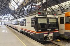 470-035M (Escursso) Tags: 470 adif barcelona franã§a regional renfe sattion estacio rail railway train tren frança