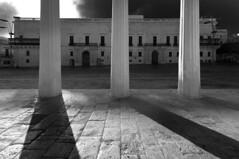 Columns (albireo 2006) Tags: blackwhitephotos blackandwhite blackandwhitephotos blackwhite bw bn valletta malta grandmasterspalace mainguard