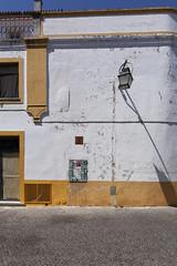 Un lampadaire à Evora - Portugal (Remy Carteret) Tags: canon 5d mkii mk2 markii france eos remycarteret rémycarteret canon5dmarkii canon5dmark2 canoneos5dmarkii canoneos5dmark2 5dmark2 5dmarkii mark2 canon5d portugal couleur colors evora évora