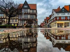 Rainy Day (carsten.plagge) Tags: 2019 a6300 januar kopfsteinpflaster pfützen rathaus regen sony stadtmarkt wolfenbüttel niedersachsen deutschland de
