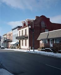 Maysville (nikolaijan) Tags: plaubelmakina 67 plaubel kodak 400vc 120 film maysville ky houseportrait southandmidwest