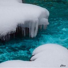 L'eau des glaciers (chrisdescimes) Tags: glace eau givre neige blanc