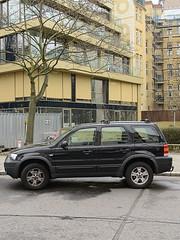 Kaiserkorso_e-m10_1013287463 (Torben*) Tags: rawtherapee olympusomdem10 olympusm25mmf18 berlin tempelhof kaiserkorso landeskriminalamt car auto strase street tree baum fassade facade