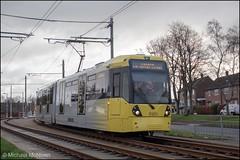 Metrolink 3107 (Mike McNiven) Tags: manchester metrolink tram metro lightrail lrv manchesterairport airport wythenshawe roundthorn martinscroft victoria marketstreet