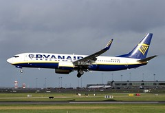 Ryanair                                    Boeing 737                           EI-GDD (Flame1958) Tags: 7873 ryanair ryanairb737 boeing737 boeing 737 eigdd dub eidw dublinairport 080219 0219 2019 stormerik