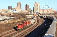 Madison Turn (wras23) Tags: terminalrailroadassociationofstlouis trra sd402 3001 tunnelmotor stlouis missouri city railroad train skyline