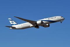 4X-EDC Boeing 787-9 Dreamliner at CYYZ (yyzgvi) Tags: boeing 7879 dreamliner el al israel airlines cyyz yyz toronto pearson mississauga ontario 4xedc