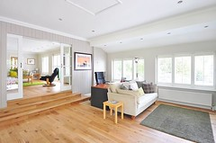 Beautiful spacious guest room with lots of natural light, lovely wooden floor, #interior123 #interior2you #interior125 #passion4interior #roomforinspo #interior9508 #interiorstyled #interior_delux #shabbyyhomes #interiørmagasinet #interior4all #elegancero (CoolHomeStyling) Tags: instagram ifttt