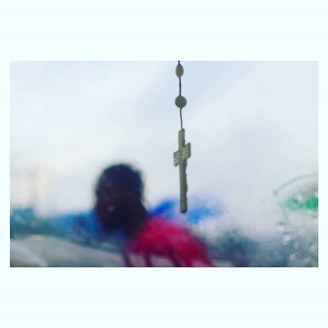 Believe / grind Lagos. . #Awe #street #Lagosstreet #everydaydocumentary #abiolariliwanawe #Awe_streetcapture #streetphotography #streetview #documentaryphotography #canoncna #sonya6000 #sony#sonyalpha6000