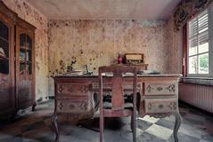 (franconiangirl) Tags: verlassen radio ehemalig abandoned abandoneé maison oncewashome forgotten old marode ue urbanwandering urbanexploring