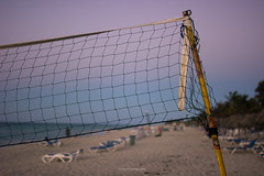 Done for the day (eschborn.photography) Tags: eschborn eschbornphotography kuba cuba vacation urlaub 2019 february january volleyball net netz strand sand beach sunset