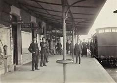 Anglų lietuvių žodynas. Žodis stationmaster reiškia n glžk. stoties viršininkas lietuviškai.