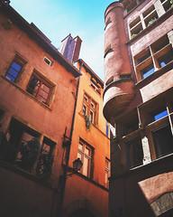 Rue Juiverie ([-GR-]) Tags: igfrance lyon lyonfocuson igersfrance onlylyon igerslyon building colors sky cloud lights architecturelovers archilovers architecturephotography lyoncity city cityscape nikon nikond7k dslr