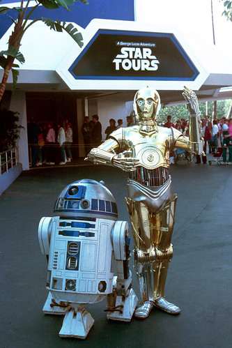 R2-D2 and C-3P0 at the Star Tours opening