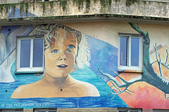 De tous pays viendront tes enfants (Edgard.V) Tags: paris parigi streetart arte urbano urban mural callejero église church chiesa igreja