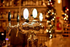 Time for some beer! (jimiliop) Tags: beer bar night shining threelights christmas bokeh warm gold