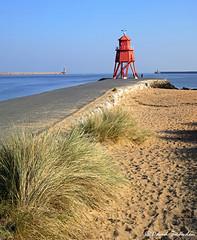 Herd Groyne Lighthouse (Dave Snowdon (Wipeout Dave)) Tags: davidsnowdonphotography landscape canoneos80d coast coastline northeastengland southtyneside southshields littlehaven herdgroynelighthouse tynemouth rivertyne dunes sand beach